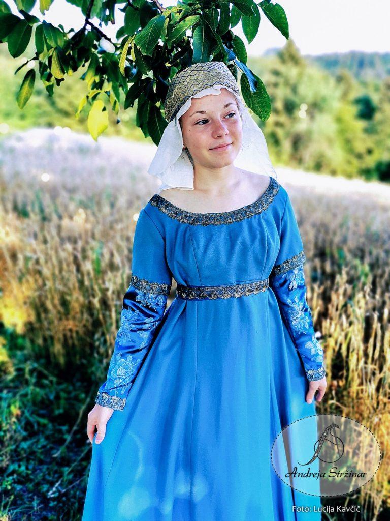 Srednjeveška obleka